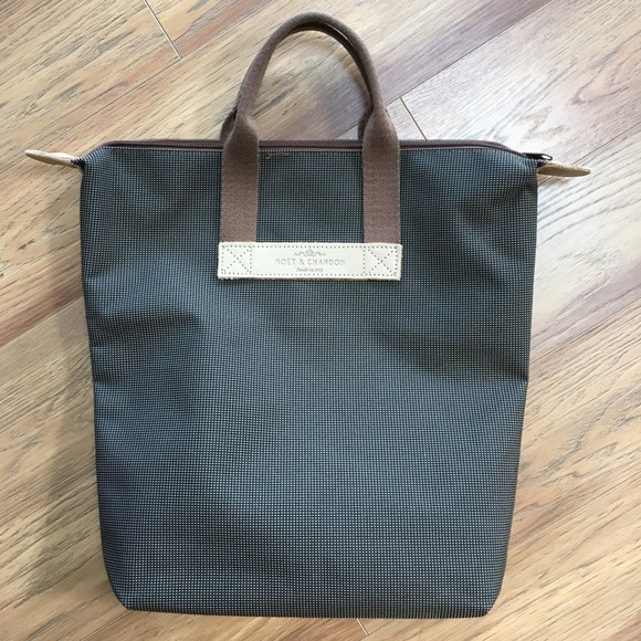 532736c8bb20 Moët   Chandon Tote Bag. M 5b17c3ddbaebf6e8539d48c9